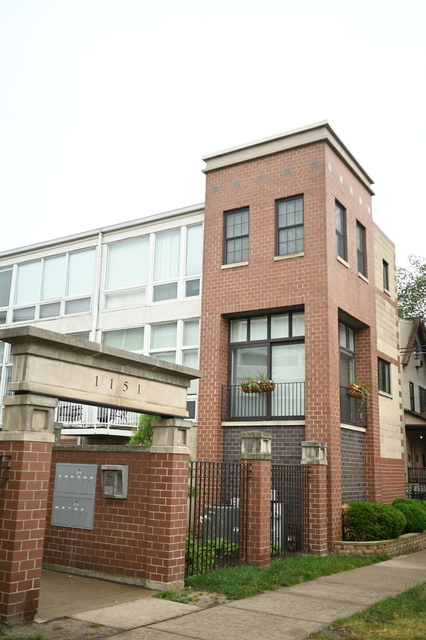 3 Bedrooms, Wrigleyville Rental in Chicago, IL for $3,200 - Photo 1