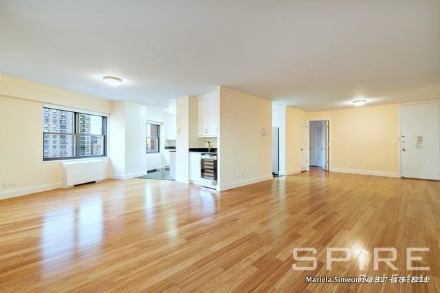 3 Bedrooms, Lincoln Square Rental in NYC for $5,800 - Photo 2