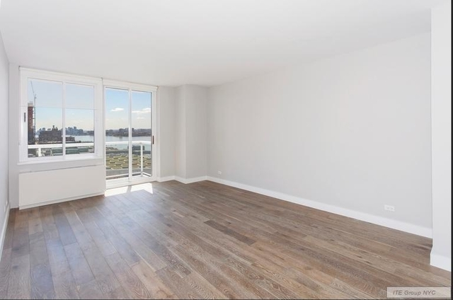 1 Bedroom, Hell's Kitchen Rental in NYC for $2,982 - Photo 2