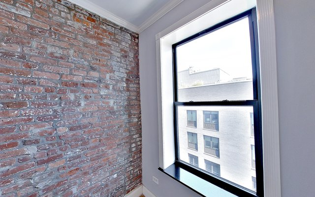 2 Bedrooms, Alphabet City Rental in NYC for $3,246 - Photo 2