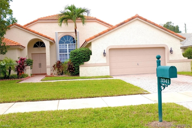 4 Bedrooms, Forest Ridge Rental in Miami, FL for $3,500 - Photo 1