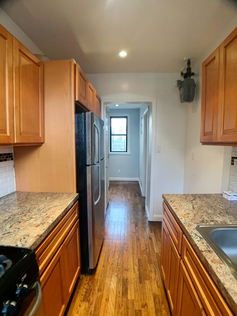 1 Bedroom, Steinway Rental in NYC for $1,750 - Photo 2