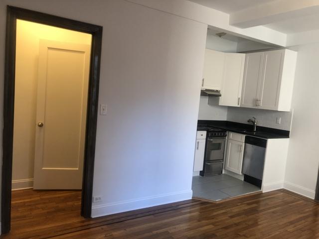 Studio, Chelsea Rental in NYC for $1,795 - Photo 2