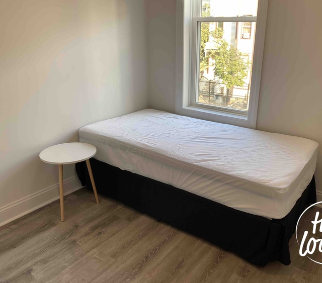 Room, Bushwick Rental in NYC for $800 - Photo 1