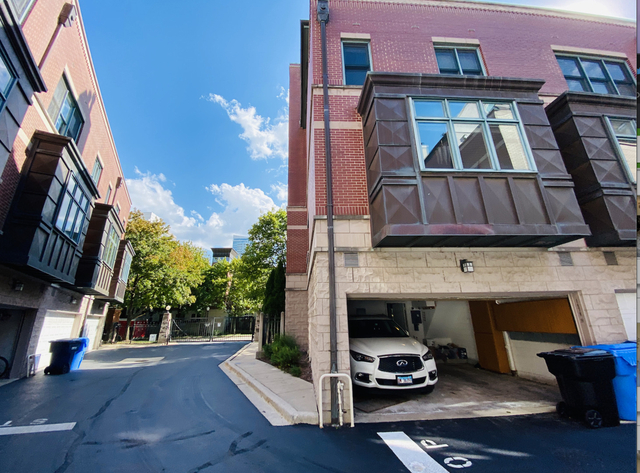3 Bedrooms, South Loop Rental in Chicago, IL for $3,990 - Photo 1