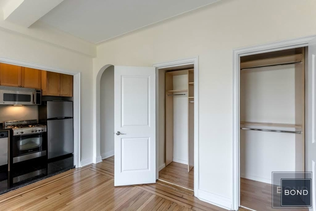 Studio, East Village Rental in NYC for $2,850 - Photo 2