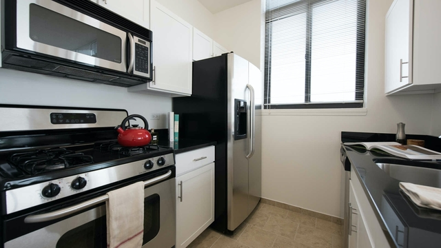 1 Bedroom, Brooklyn Heights Rental in NYC for $2,683 - Photo 2