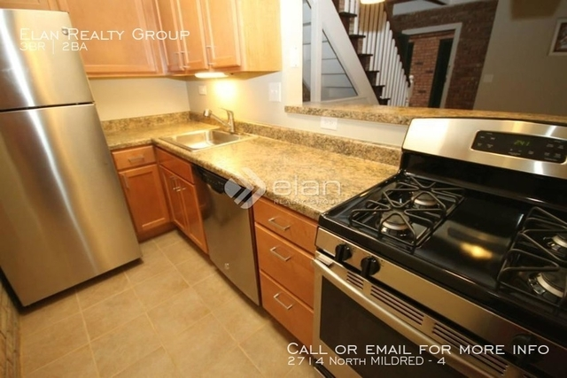 3 Bedrooms, Wrightwood Rental in Chicago, IL for $2,680 - Photo 1