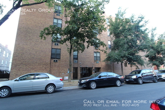 2 Bedrooms, Wrightwood Rental in Chicago, IL for $2,450 - Photo 1