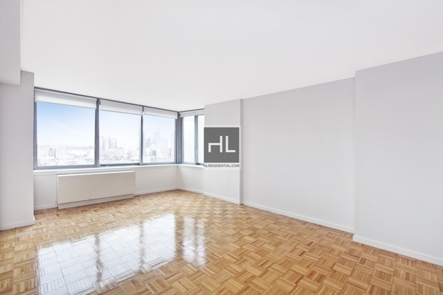 Studio, Theater District Rental in NYC for $2,735 - Photo 1