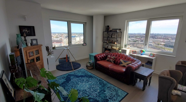 2 Bedrooms, Long Island City Rental in NYC for $4,958 - Photo 1