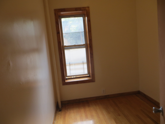 2 Bedrooms, East Williamsburg Rental in NYC for $2,385 - Photo 2
