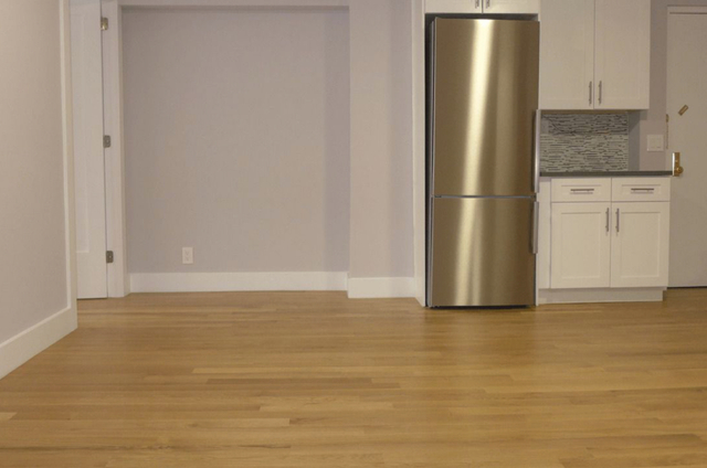 3 Bedrooms, Turtle Bay Rental in NYC for $4,830 - Photo 1