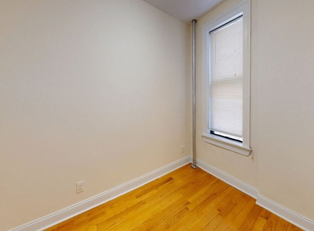 2 Bedrooms, East Village Rental in NYC for $2,411 - Photo 1