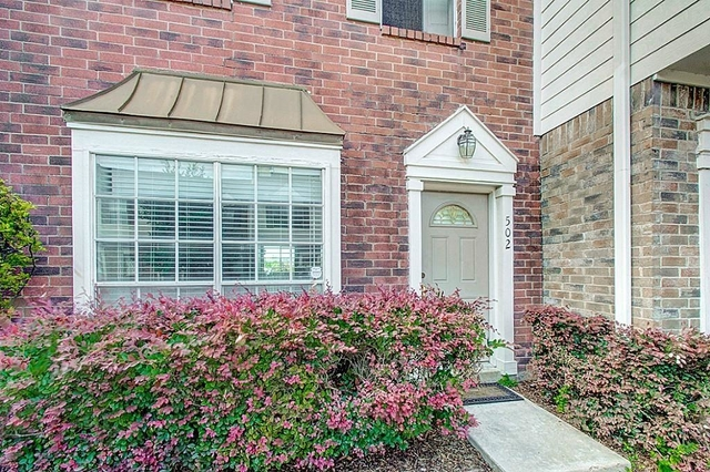 2 Bedrooms, The Towns of Grants Lake Rental in Houston for $1,450 - Photo 1