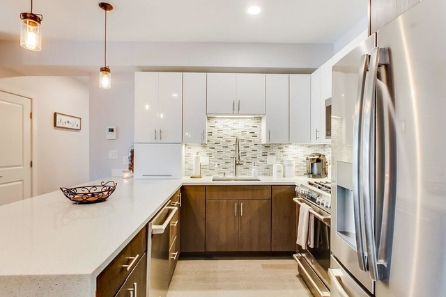 2 Bedrooms, Quincy Center Rental in Boston, MA for $3,000 - Photo 1
