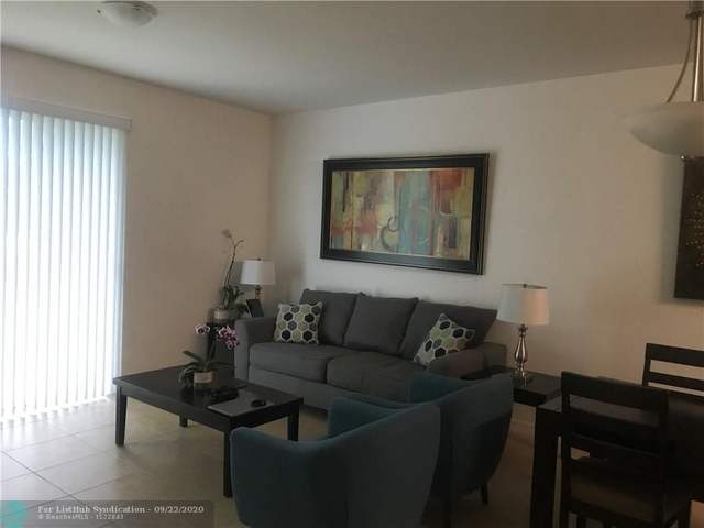 3 Bedrooms, Emerald Isles Rental in Miami, FL for $2,550 - Photo 1