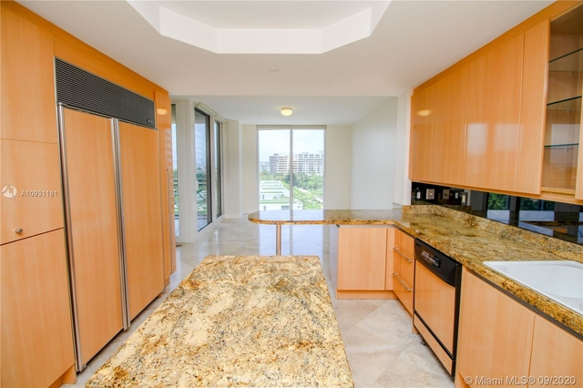 3 Bedrooms, Grand Bay Resort and Residences Rental in Miami, FL for $8,900 - Photo 1