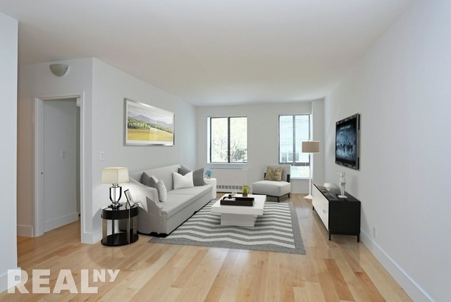 Studio, Hell's Kitchen Rental in NYC for $2,250 - Photo 2