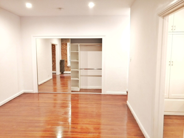 Studio, Hollywood Hills West Rental in Los Angeles, CA for $1,650 - Photo 2