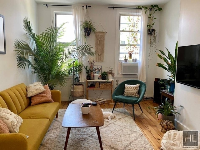 2 Bedrooms, Williamsburg Rental in NYC for $2,750 - Photo 1