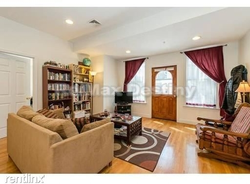 2 Bedrooms, Cambridgeport Rental in Boston, MA for $3,200 - Photo 1