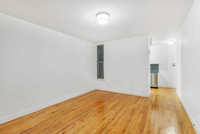 2 Bedrooms, Rose Hill Rental in NYC for $2,495 - Photo 2