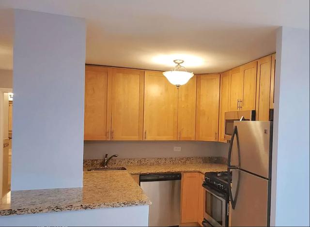3 Bedrooms, Pelham Parkway Rental in NYC for $3,095 - Photo 1