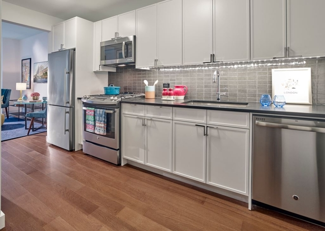 1 Bedroom, Chelsea Rental in NYC for $3,697 - Photo 2