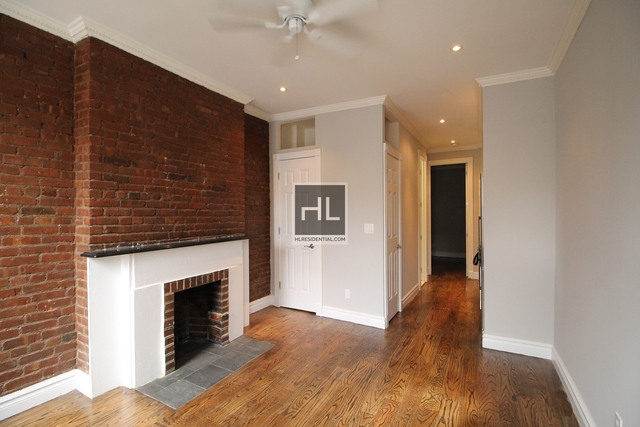 1 Bedroom, West Village Rental in NYC for $2,913 - Photo 2