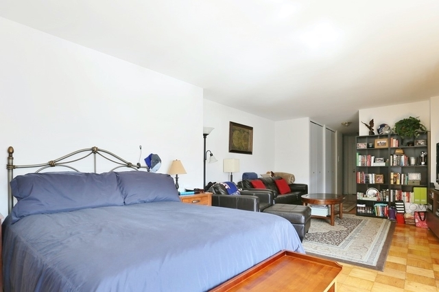 Studio, Yorkville Rental in NYC for $2,680 - Photo 2