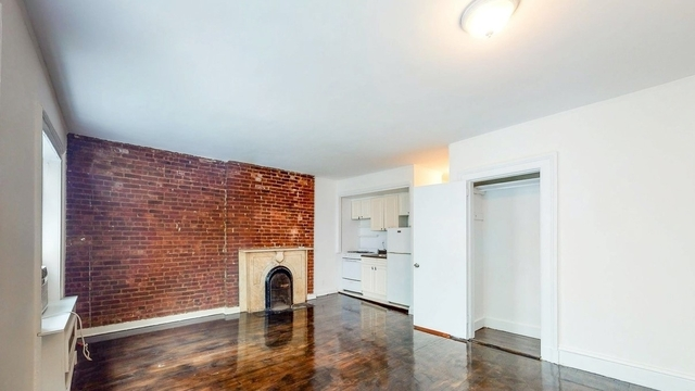 Studio, Lenox Hill Rental in NYC for $1,800 - Photo 1