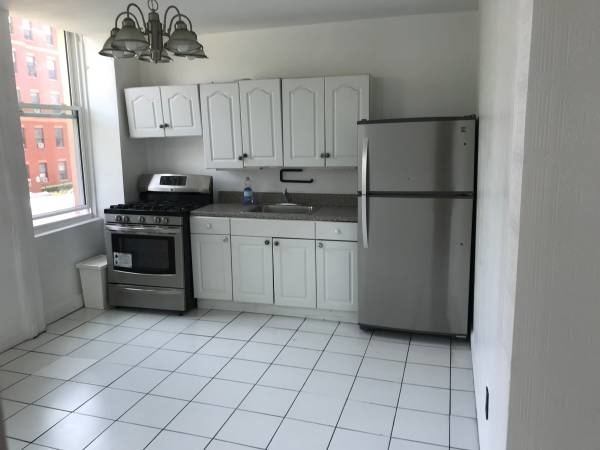 3 Bedrooms, East Williamsburg Rental in NYC for $3,500 - Photo 2