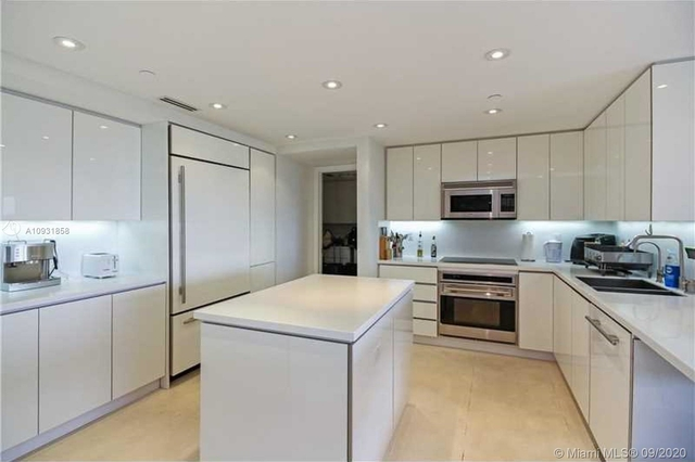 2 Bedrooms, Village of Key Biscayne Rental in Miami, FL for $4,200 - Photo 1
