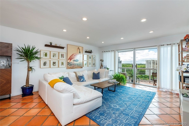 1 Bedroom, Millionaire's Row Rental in Miami, FL for $1,900 - Photo 2