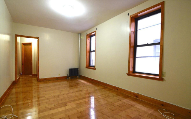 3 Bedrooms, Fort George Rental in NYC for $2,400 - Photo 2