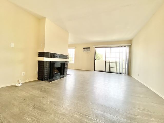 2 Bedrooms, Palms Rental in Los Angeles, CA for $2,550 - Photo 2