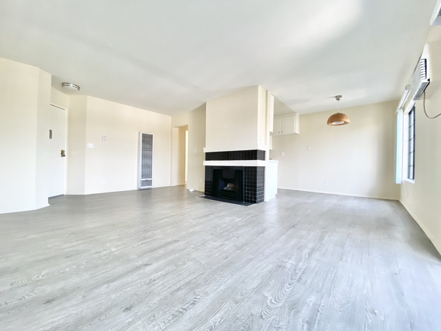 2 Bedrooms, Palms Rental in Los Angeles, CA for $2,550 - Photo 1