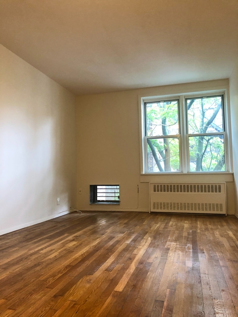 2 Bedrooms, Chelsea Rental in NYC for $2,795 - Photo 2