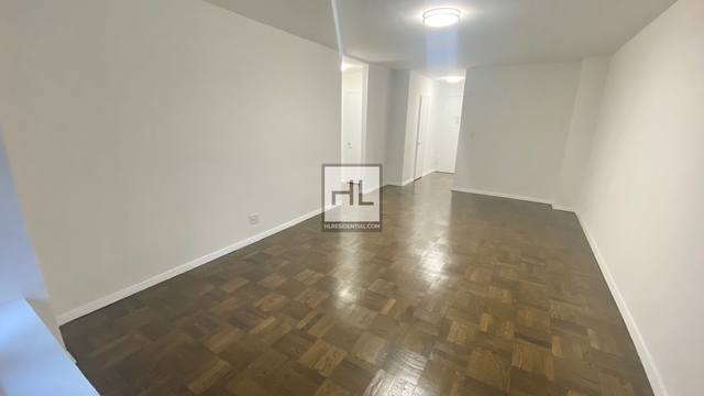 1 Bedroom, Murray Hill Rental in NYC for $2,954 - Photo 2