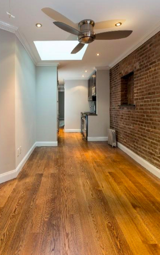 3 Bedrooms, Hell's Kitchen Rental in NYC for $3,745 - Photo 1