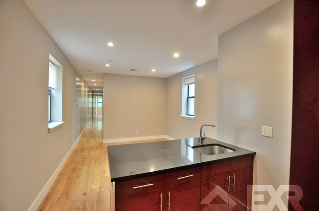 4 Bedrooms, Crown Heights Rental in NYC for $2,560 - Photo 1
