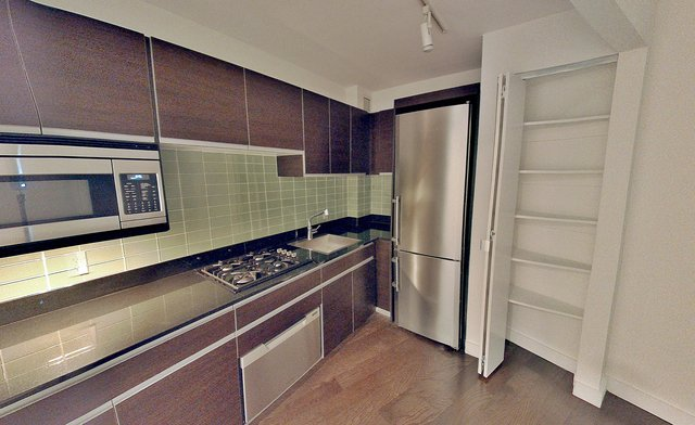 2 Bedrooms, Financial District Rental in NYC for $3,800 - Photo 2