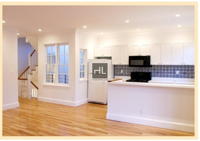 3 Bedrooms, Yorkville Rental in NYC for $6,600 - Photo 2