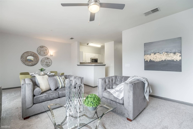 1 Bedroom, Plano Transit Village North Rental in Dallas for $1,085 - Photo 1