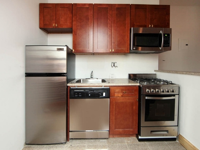 2 Bedrooms, SoHo Rental in NYC for $4,061 - Photo 2