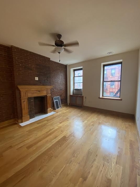 Studio, Hell's Kitchen Rental in NYC for $1,750 - Photo 2