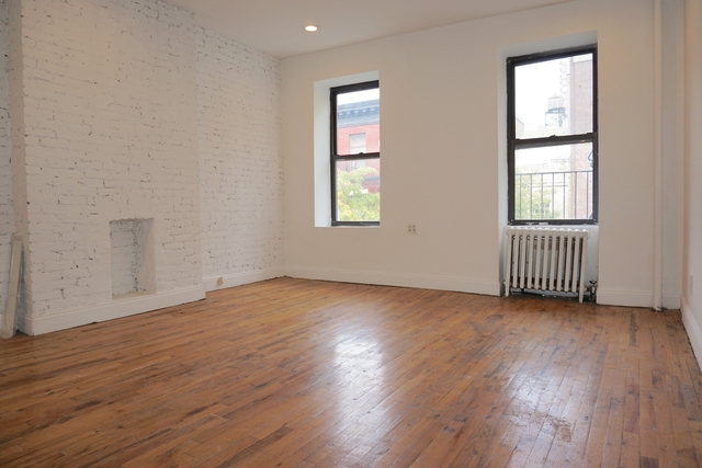4 Bedrooms, Hell's Kitchen Rental in NYC for $4,800 - Photo 1