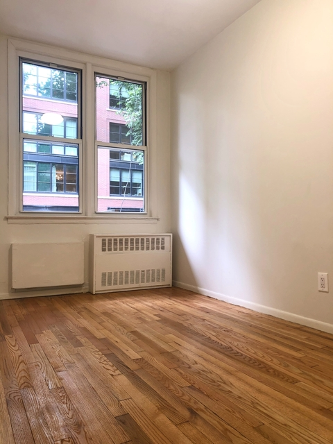 2 Bedrooms, Chelsea Rental in NYC for $2,995 - Photo 1