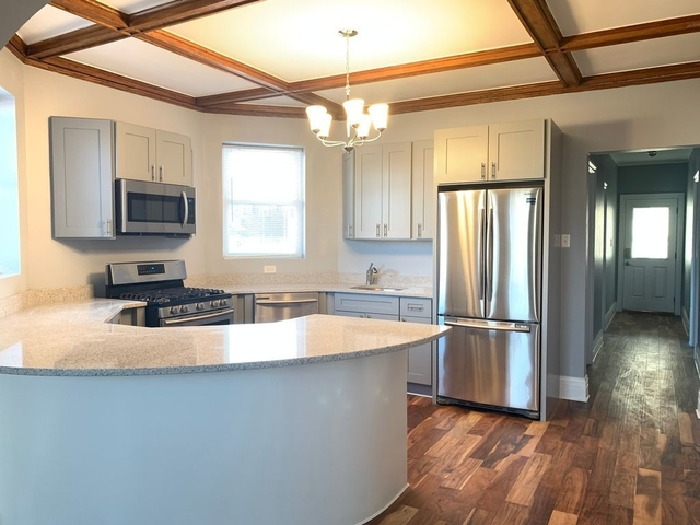 3 Bedrooms, Ravenswood Rental in Chicago, IL for $2,300 - Photo 1